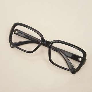 🚚 黑框眼鏡(無鏡片)2.