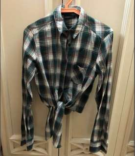 Flannel tops.💓