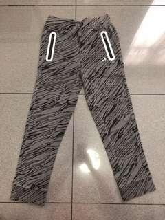 Gap Fit Boys Jogger, Grey Pattern, Size S