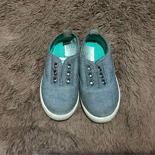 Preloved H&M shoes for boys
