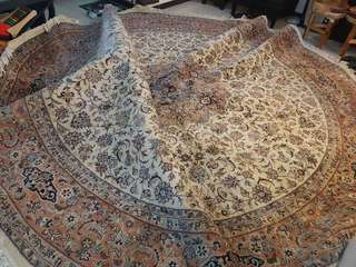 Handmade Rug from Lahore Pakistan