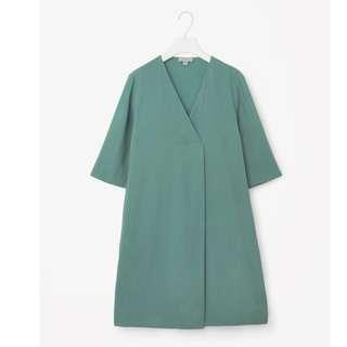 COS CROSSOVER V-NECK DRESS Aquamarine mint Sz 8 Original price 150$