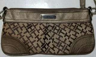 Repriced *Tommy Hilfiger shoulder/handbag