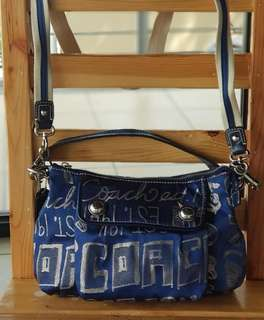 Authentic Coach Poppy Storypatch Groovy Shoulder/Swing Pack in Denim and gold