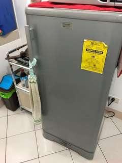 Electrolux Refrigerator 5cu
