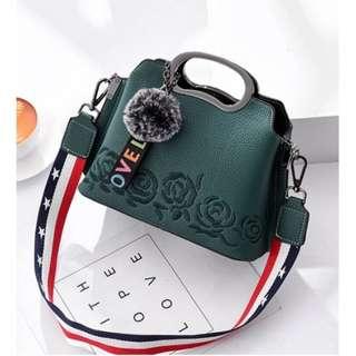 HB3726 Sling Bag