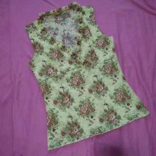 CLEARANCE SALE! Floral Sleeveless Top By Forever 21