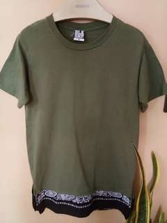 BLKSHP army green extended tee
