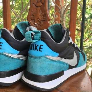 Nike Internationalist Size 7 US ( UK size 6 )