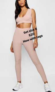 Boohoo leggings and crop too set