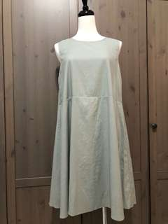 Starmimi 淺灰綠棉麻後釦無袖洋裝
