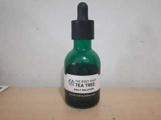 The Body Shop Tea Tree Serum
