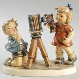 "Goebel Hummel Figurine ""Camera Ready"" #2132 TMK 8 & 1"
