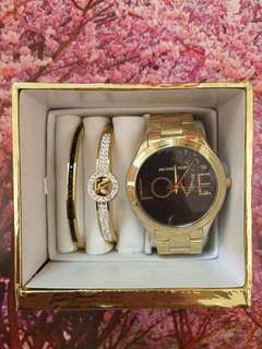 MK watches with cute Bangles😘