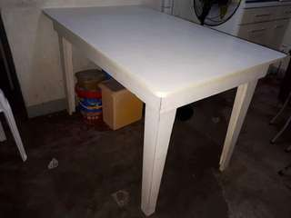 Laminated dining table