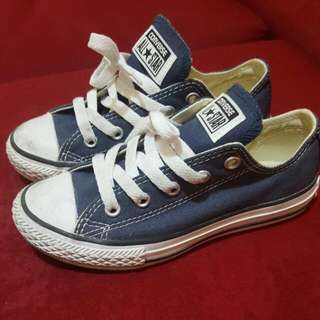 For Kids .. Auth. Converse All Star in Navy Blue