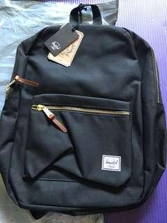 Herschel 黑色書包正貨$320