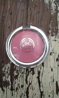 Blush On The Body Shop All in One Cheek Colour Shade Marshmellow