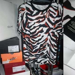BALENCIAGA 虎紋 T-shirt by Nicolas Ghesquiére Louis Vuitton設計師