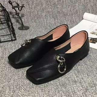 🚚 PU包鞋