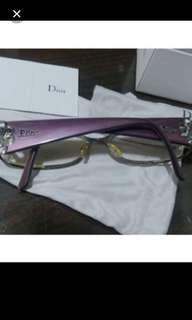 💯real Dior 眼鏡👀😍😍😊👍有原庒正盒、購入$2000多元😊可SF 到付。