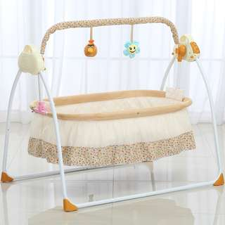 Electric Baby Bassinet Cradle Swing Rocking Music Remoter Control Sleeping