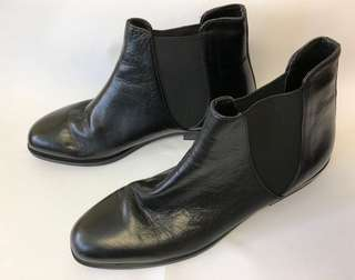 ZARA Flat leather chelsea boots Black 39""
