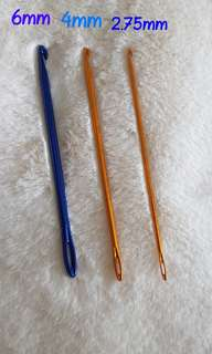 2 in 1 crochet needle