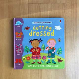 Usborne Magnet Book - Getting Dressed