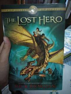 The Lost Hero (Buku Bahasa Inggris)