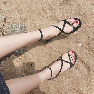 🚚 【YC®】全新轉賣綁帶涼鞋
