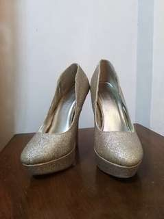 "REPRICED! F21: Gold Glittered ""Barbie"" Heels"