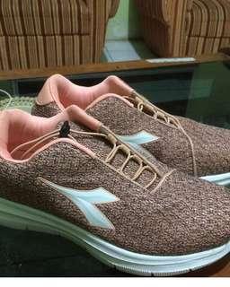 Sneakers by diadora