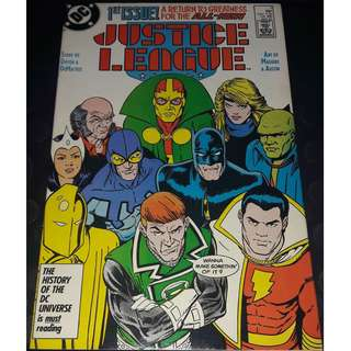 Justice League (Vol 1) #1 (1st app: Maxwell Lord)