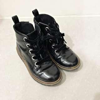ZARA 女童百搭拉鍊馬靴.軍靴 28號 17.5cm