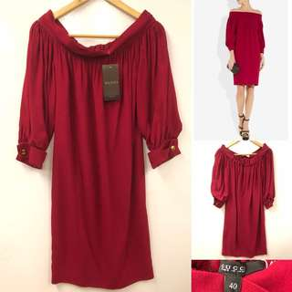 New Gucci shoulder off burgandy dress size 40