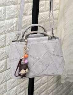 🚚 【Q夫妻】shoulder bag 時尚拼接圖 小包 單肩包 斜跨包 純色包 女包 附掛飾 灰色 #B0504-2