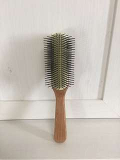 The Body Shop Bamboo Paddle Hairbrush (authentic)