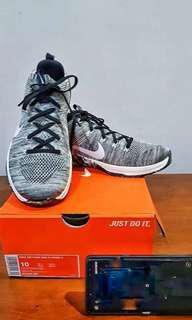 AUTHENTIC NIKE METCON DSX FLYKNIT 2 size 10