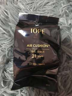 IOPE Air Cushion Shade 21 (used twice) + Refill (new)