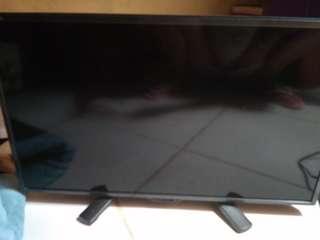 Dijual tv sharp aquos