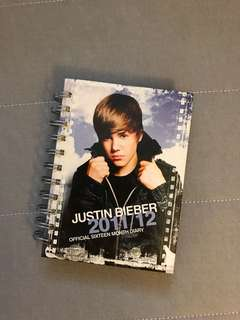 JUSTIN BIEBER 16 MONTH DIARY