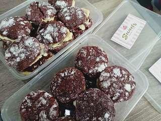 Red Velvet❤️Choco Cupcake