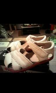 See Kai run 女童15公分涼鞋