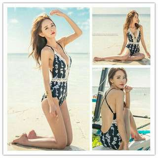 *FREE DELIVERY to WM only / Ready stock* Ladies bikini swimsuit A448 each L & XL as shown in design/color. Free delivery is applied for this item.