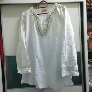 white vintage bohemian blouse top