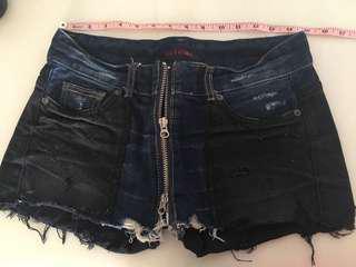 炎夏必備 超靚 黑 深藍 二色拼布 雙拉鍊 純綿 韓國製 牛仔短褲