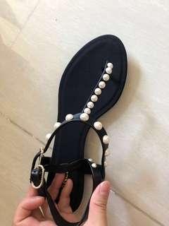 Chanel 珍珠涼鞋37.5