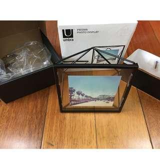 umbra photo display frame