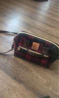 Dolly club sling bag